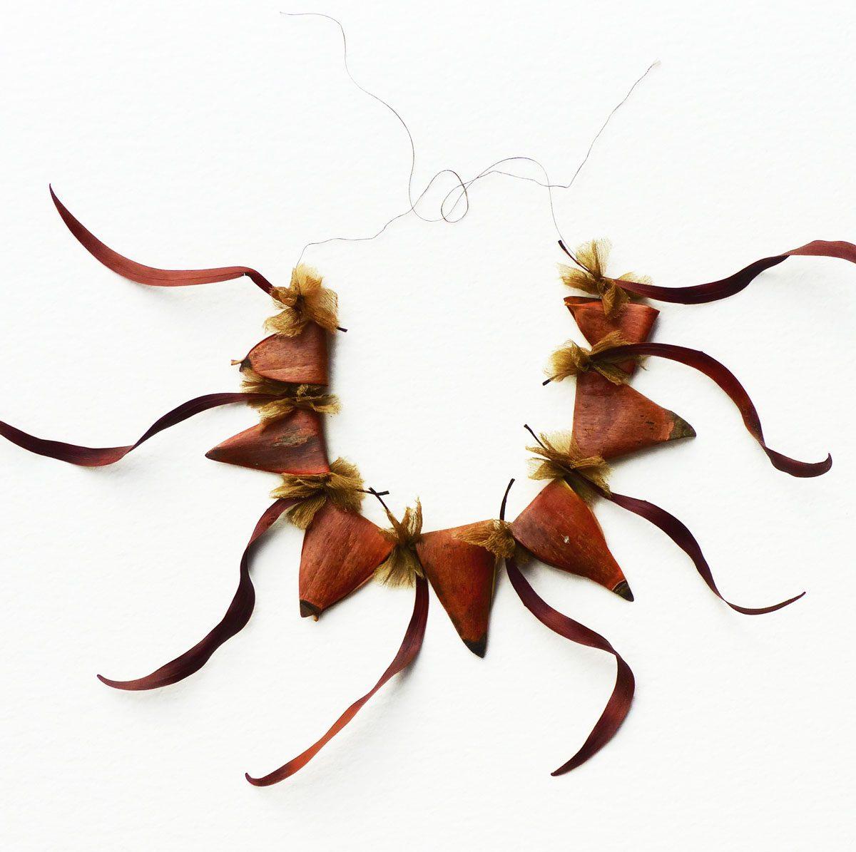 Neckpiece – Wrap & Line – Heather Cowie